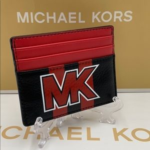 MICHAEL KORS TALL CARD CASE BLACK/SCARLET
